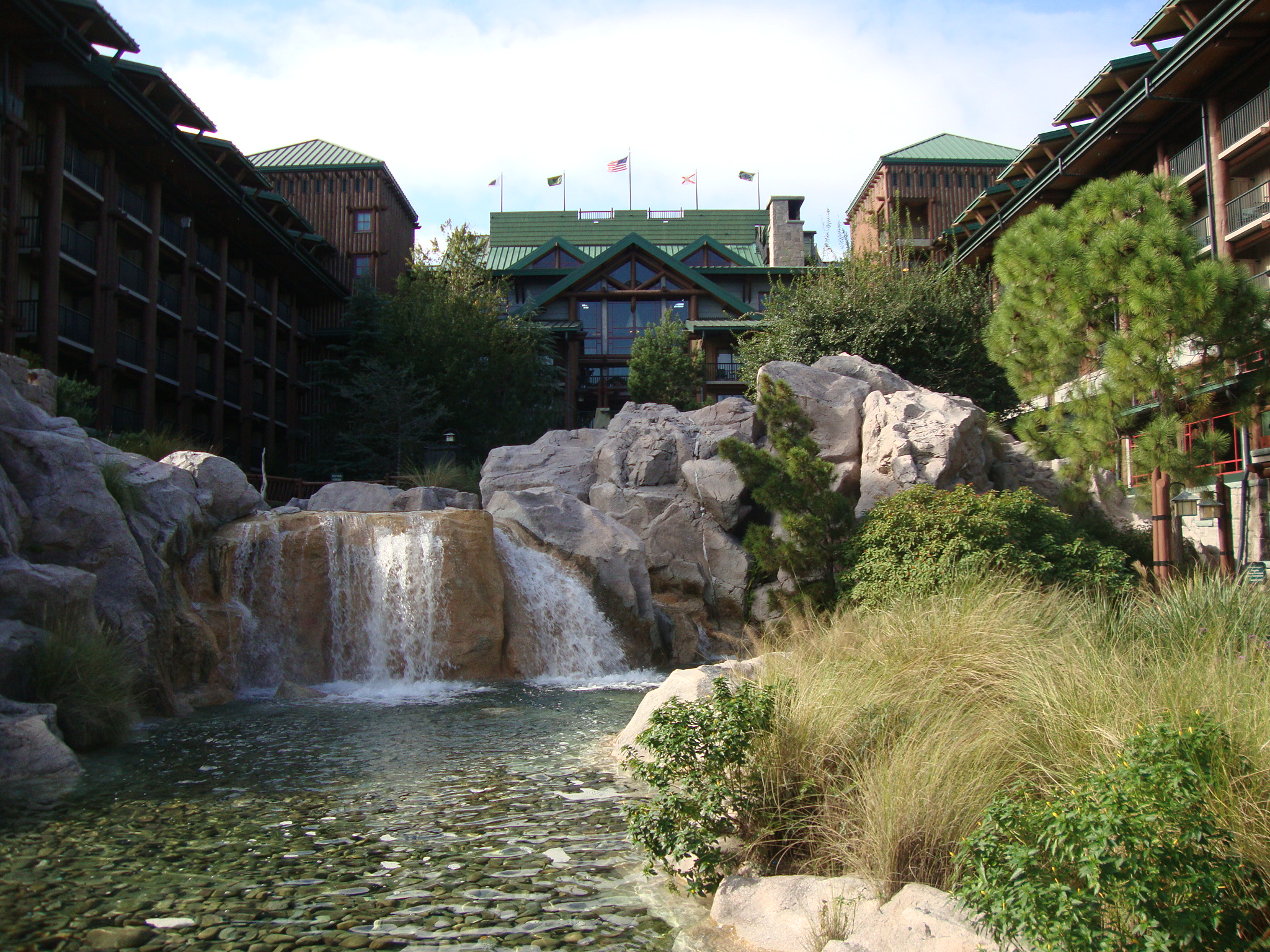 Dvc boulder ridge at wilderness lodge resales point for Villas wilderness lodge