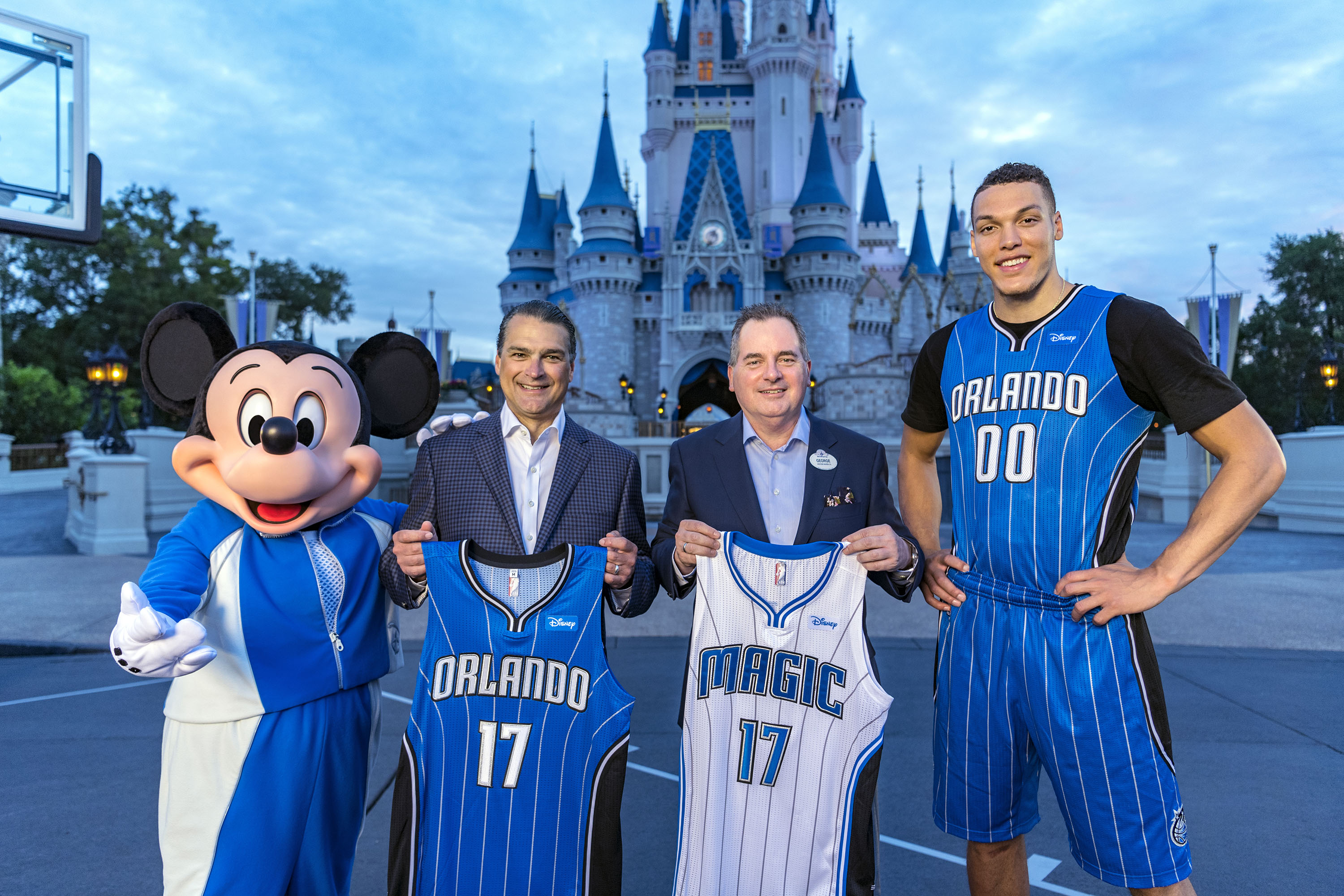 buy online 1fd28 44232 Walt Disney World Becomes Orlando Magic's First Jersey Sponsor