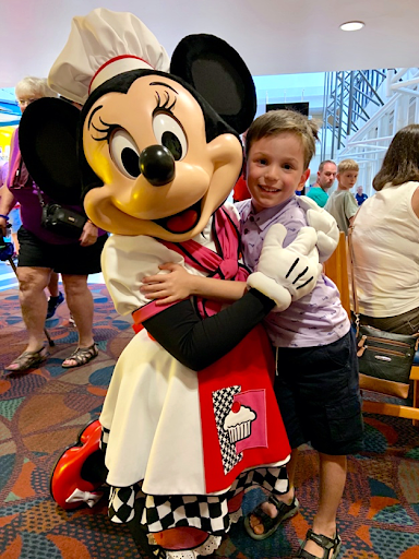 Minnie Mouse Character Dining Chef Mickey's Disney's Contemporary Resort Tower Orlando Florida Resales DVC