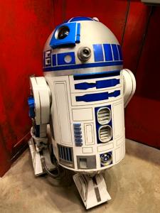 R2D2 Disney's HOllywood Studios Galaxy's Edge